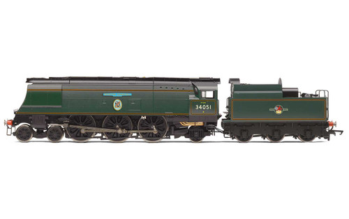 R3866 OO 34051 BATTLE OF BRITAIN 4-6-2 BR LINED GREEN LATE WINSTON CHURCHILL
