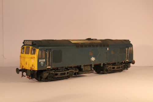 2536 OO  25155 CLASS  25/3 WR BR BLUE FULL YELLOW CENTRAL DOUBLE ARROWS WEATHERED