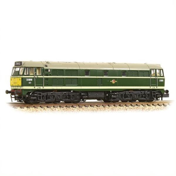 371-111A N D5616 CLASS 31/1 BR GREEN SMALL YELLOW