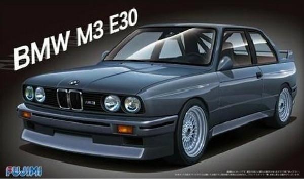 F125725 1/24 BMW E30 PLASTIC KIT