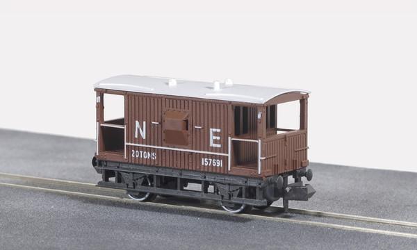 NR-49E N 157691 BRAKE VAN NE BAUXITE