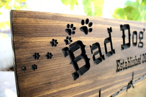 Dog Farm  Sign