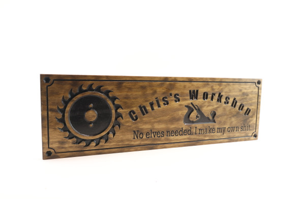 Shop sign with saw blade