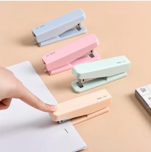 Macaron Color Stapler