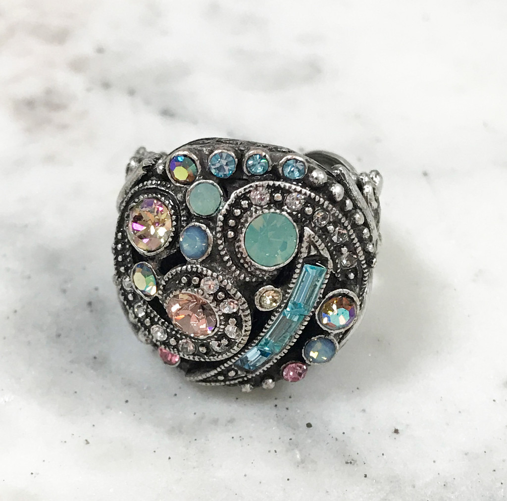Pastel Crystal Deco Ring