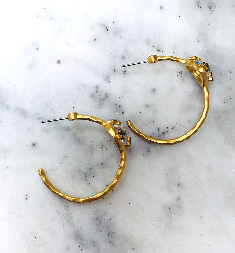 Center Crystal Hammered Matte Gold Hoop