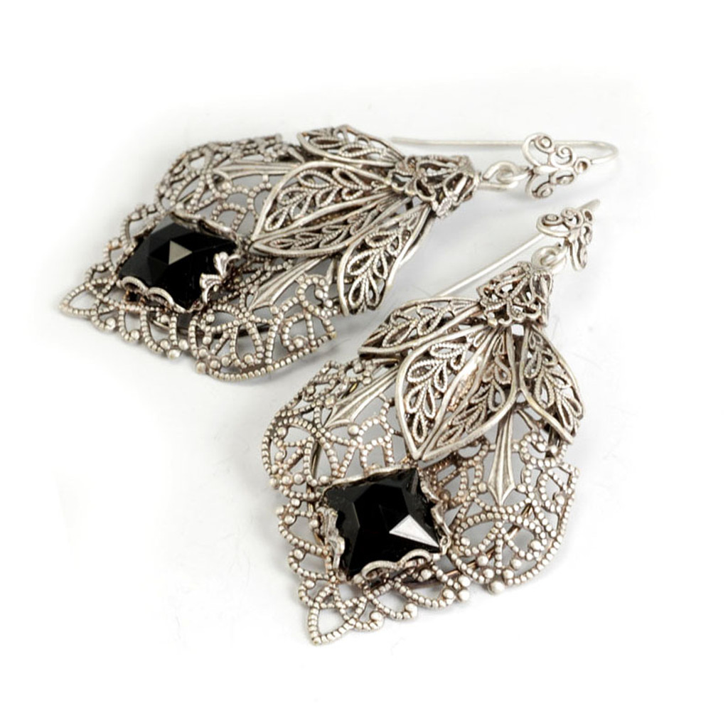 Filigree Caged Jet Faceted Square Earring S