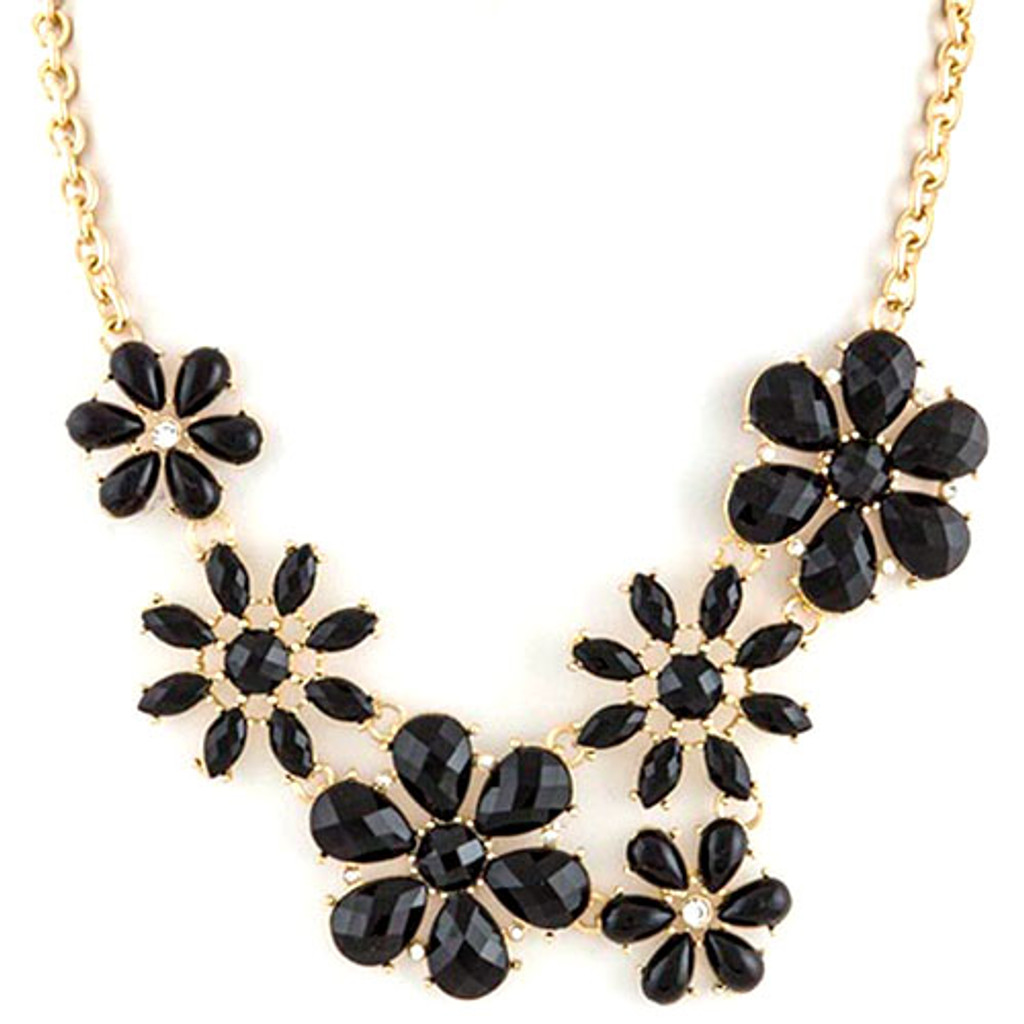 Twiggy Floral Collar