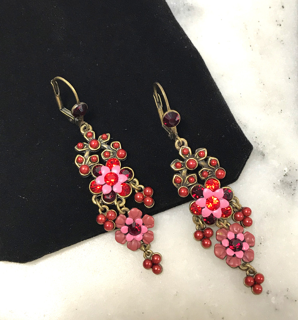 Vintage Inspired Pink Flower Whisper Dangles