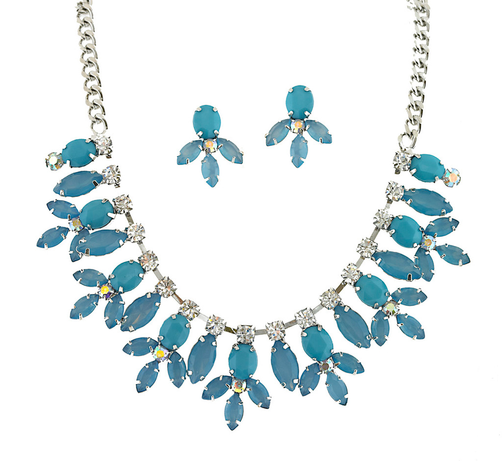 Lilly Of The Nile Necklace Set