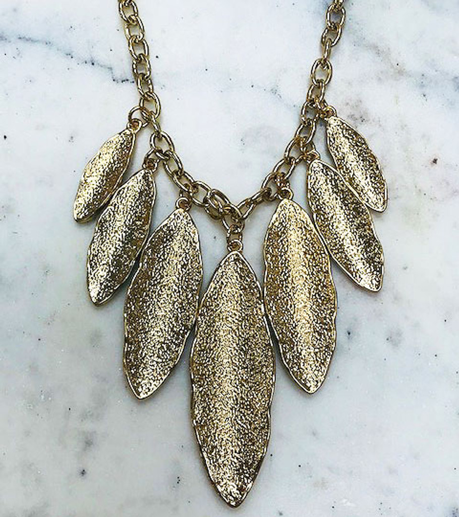 Sculpted Feather Necklace Gold