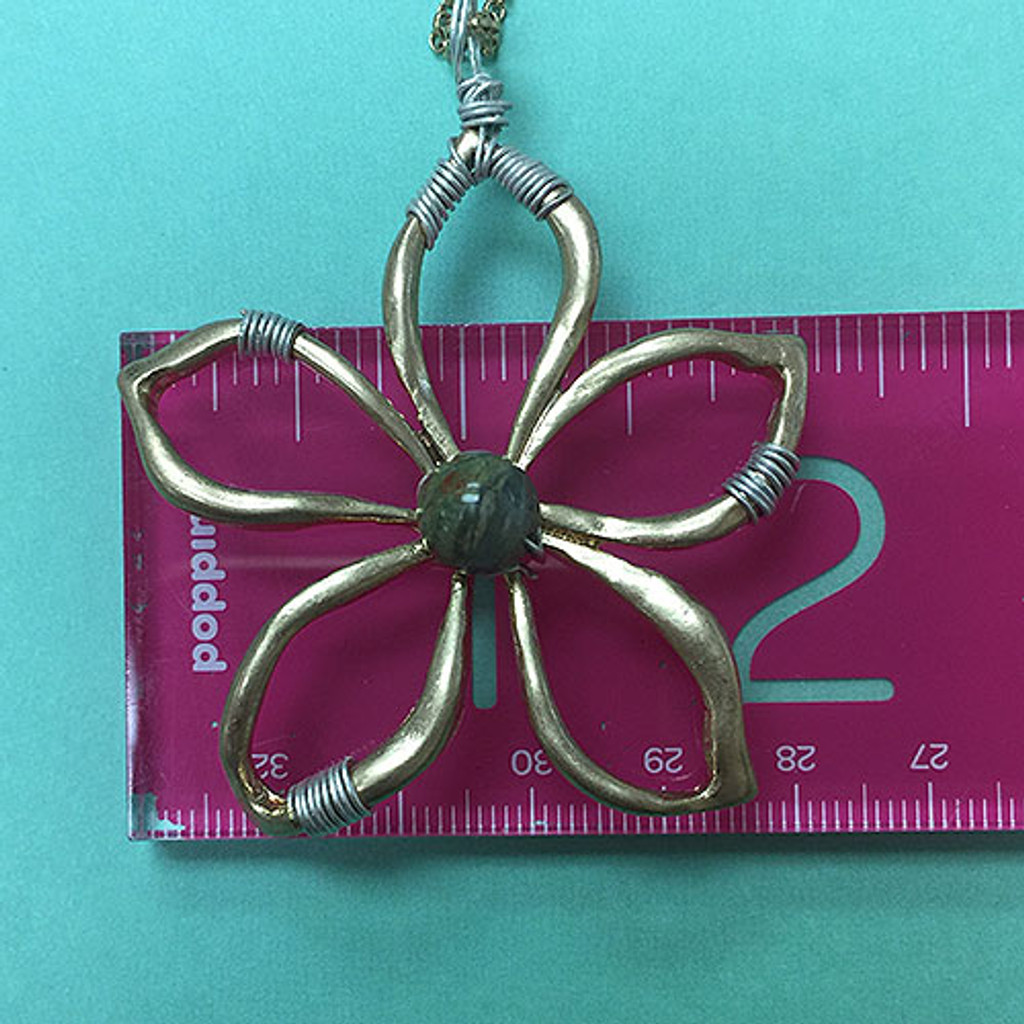 Long Two Tone Daisy Necklace Gold