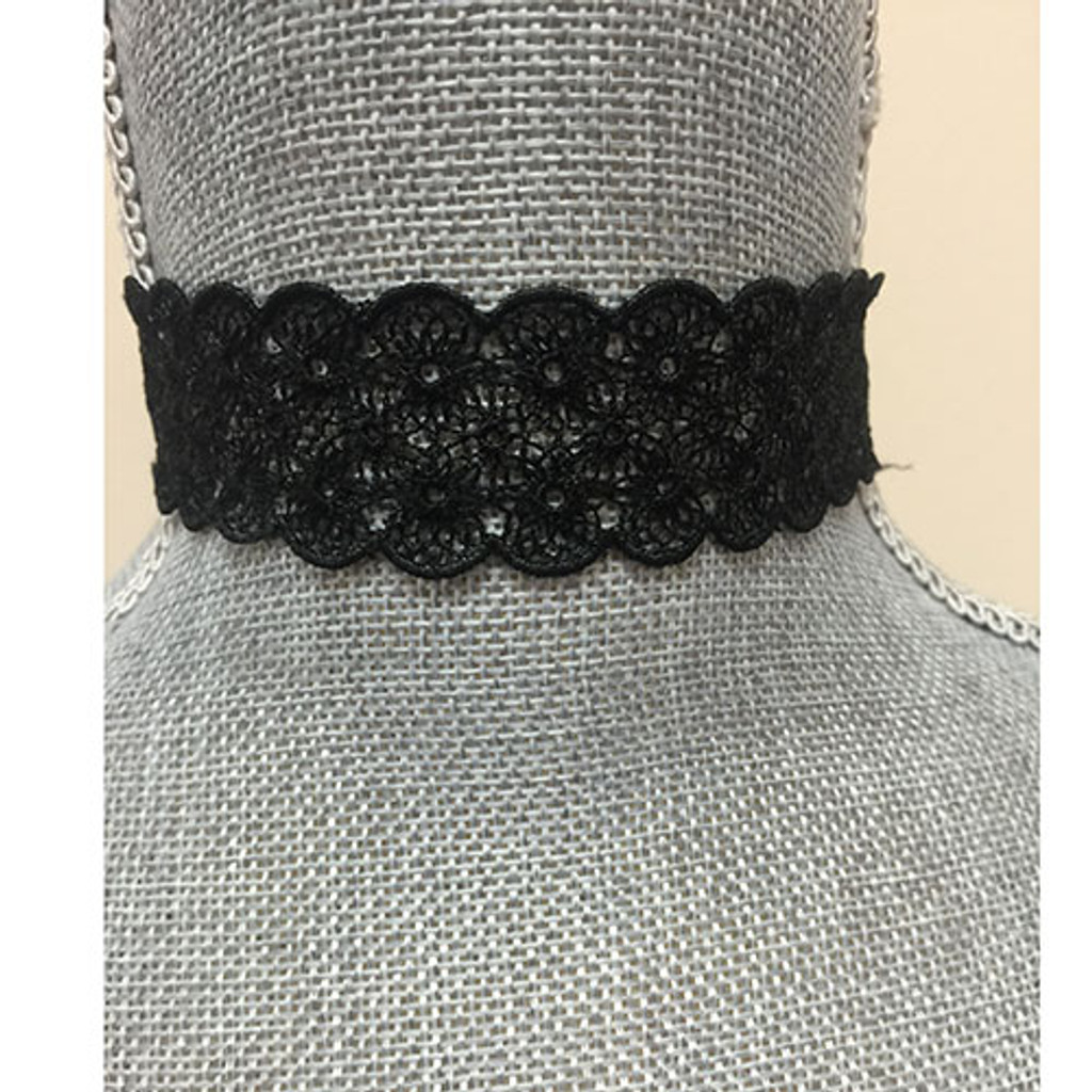 The Contessa Choker