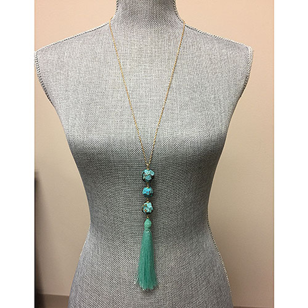 Long Tassel and Stone Necklace Mint
