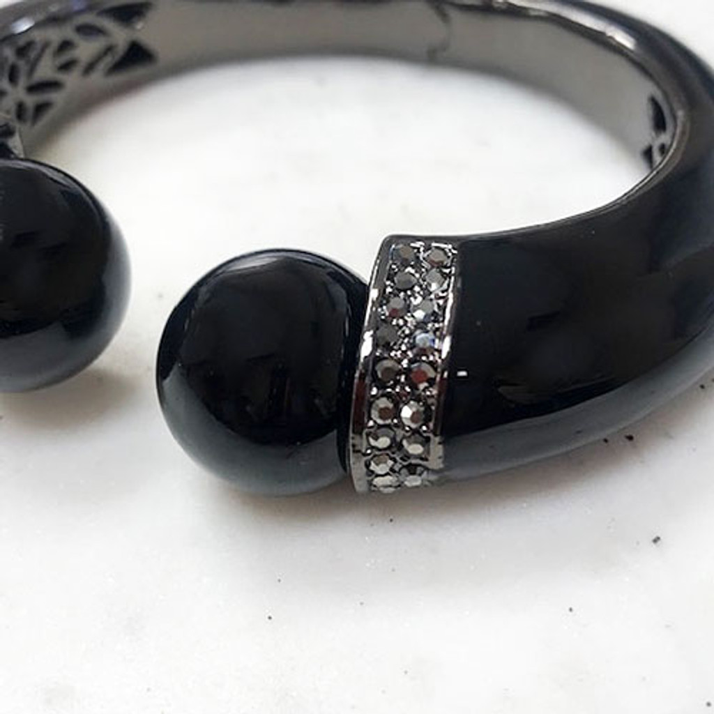 Large Hematite and Black Pearl Bangle