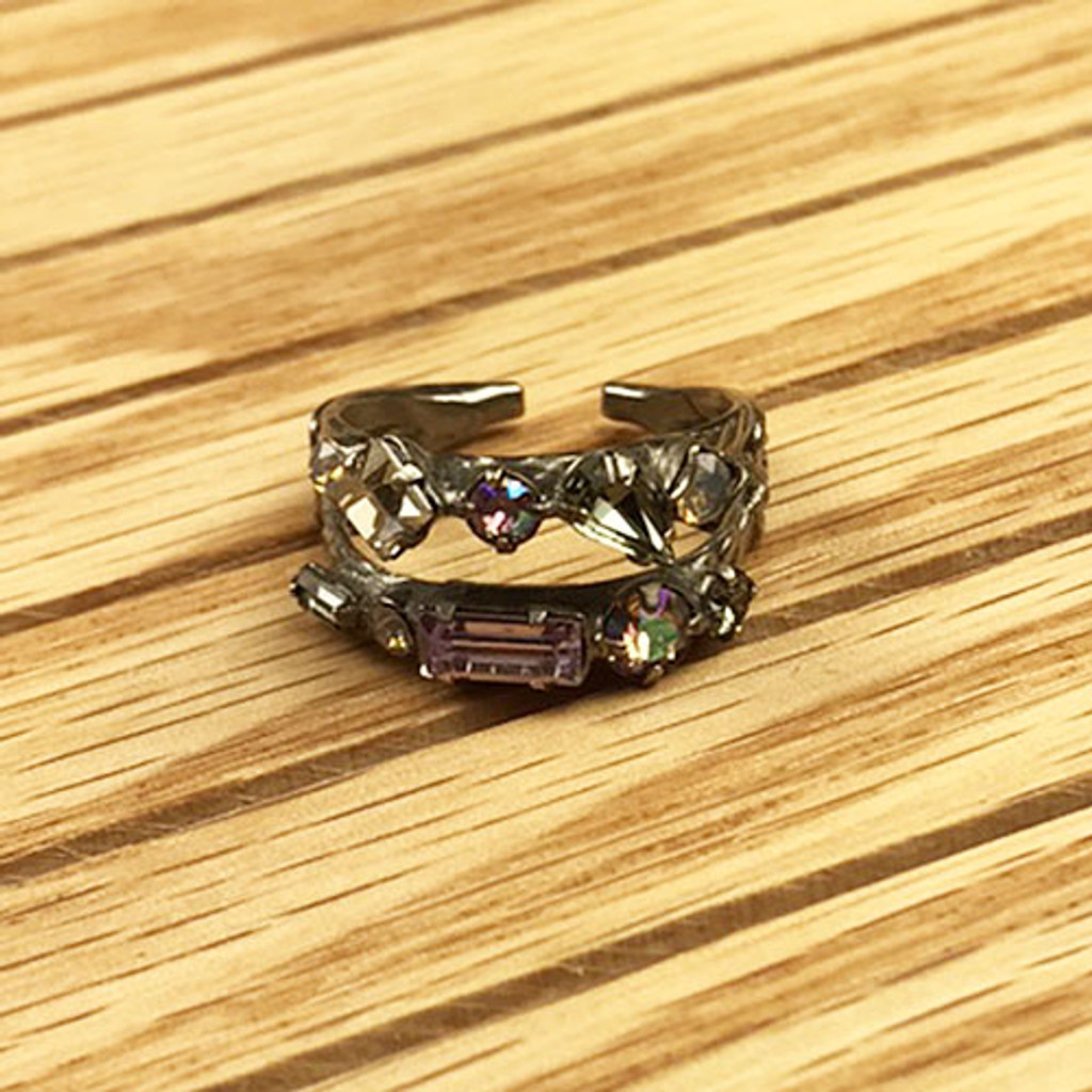 Sorrelli's Multi Cut Double Band Ring