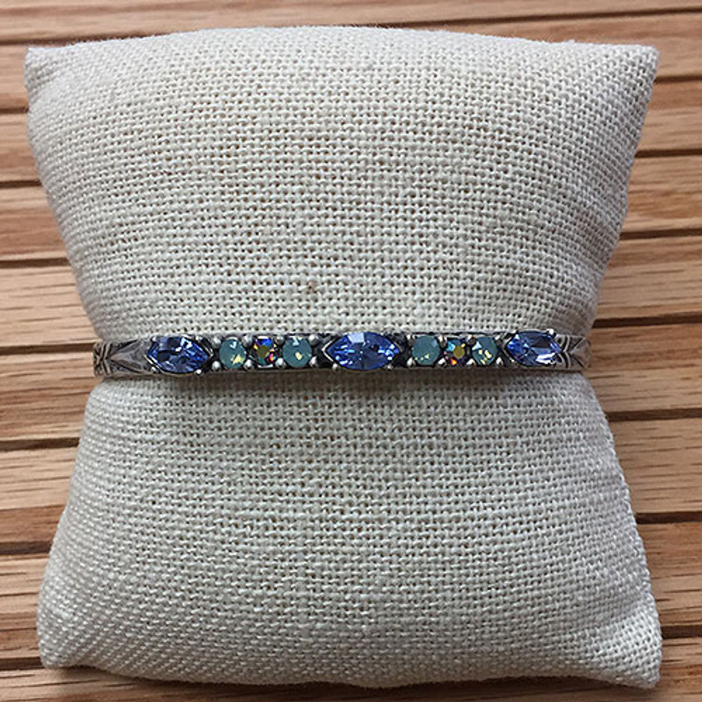 Slender Cuff with Crystals