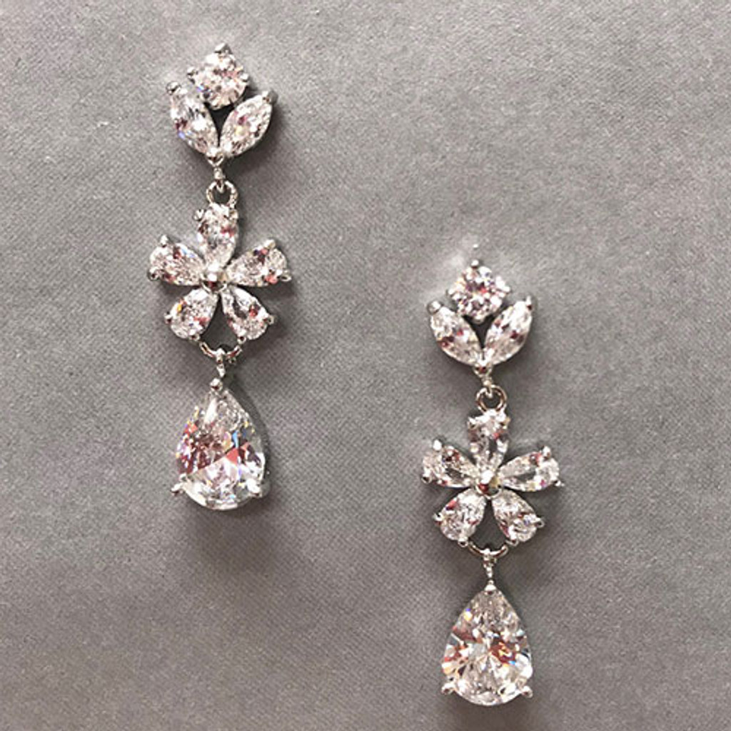 Lina'åªs Perfect Bridal Cubic Zirconia Earring