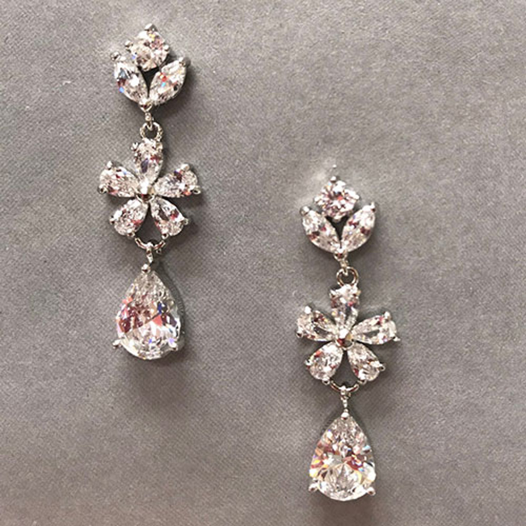Lina'åªs Perfect Bridal Earring