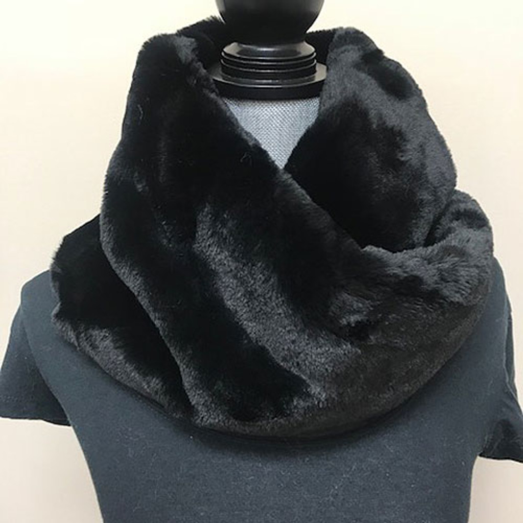 "Alex Max 10"" Wide Faux Fur Twist Scarf Muffler"