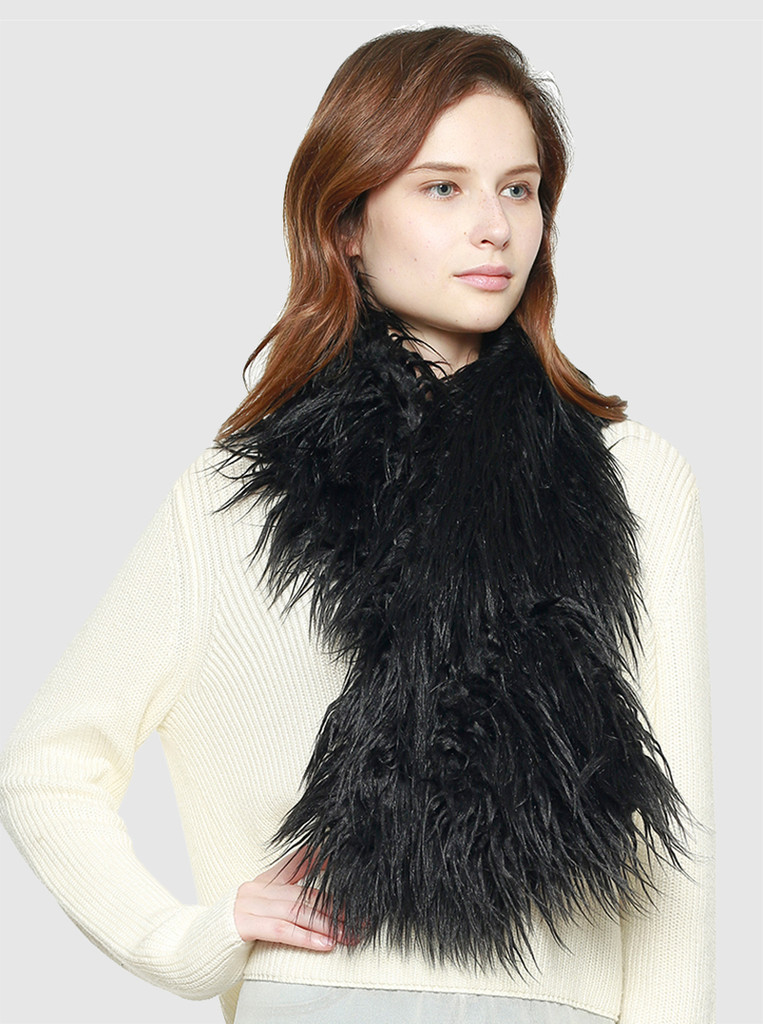 Faux Ostrich Feather Scarf in Black