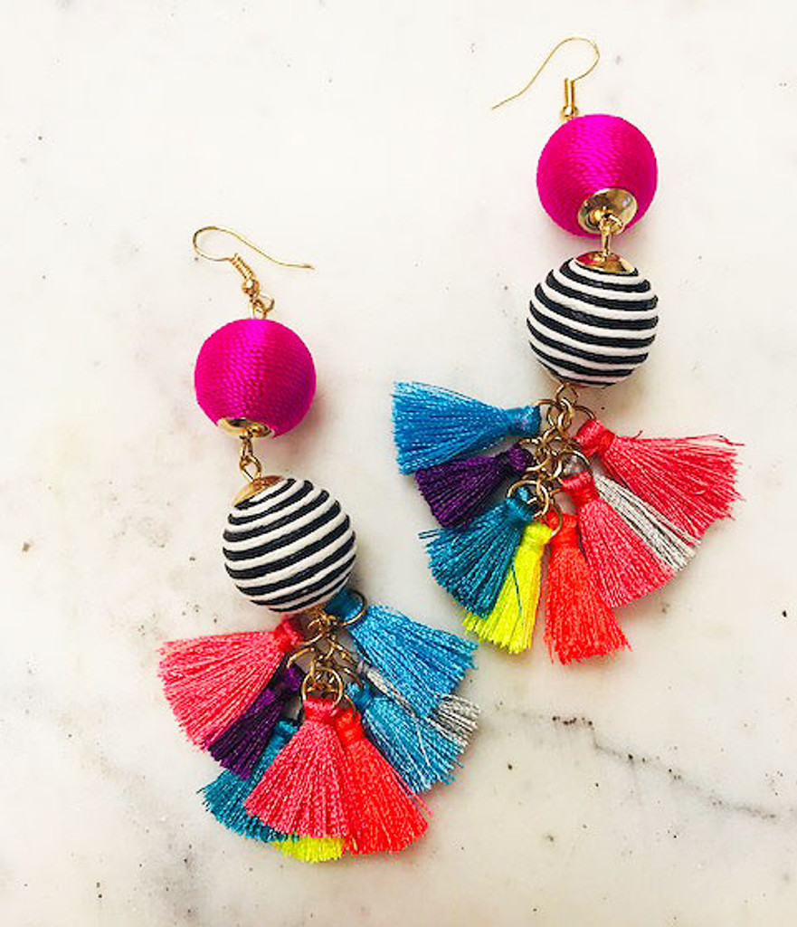 String Wrapped Spheres with Tassels