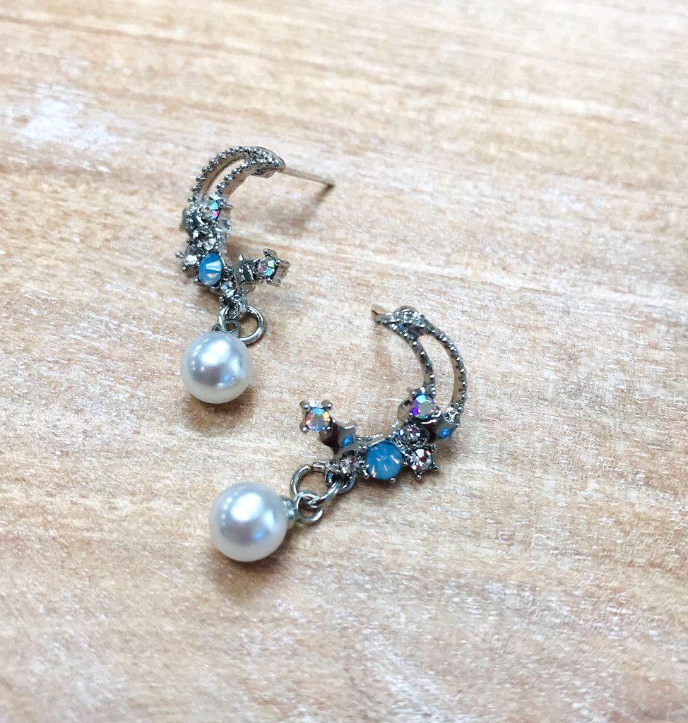Crystal Moon Dream Earring with Pearl Drop