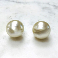 Large Round White Pearls