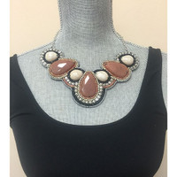Elegant Stones Necklace