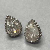 Sorrelli Large Pear Crystal in Ant. Silver