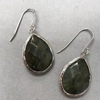 Genuine Labradorite Bezel Set Teardrop In Silver