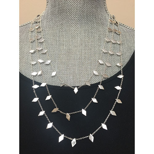 Small Flat Diamond Layered Chains Silver