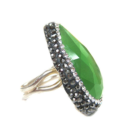 Green Cat's Eye Teardrop Ring