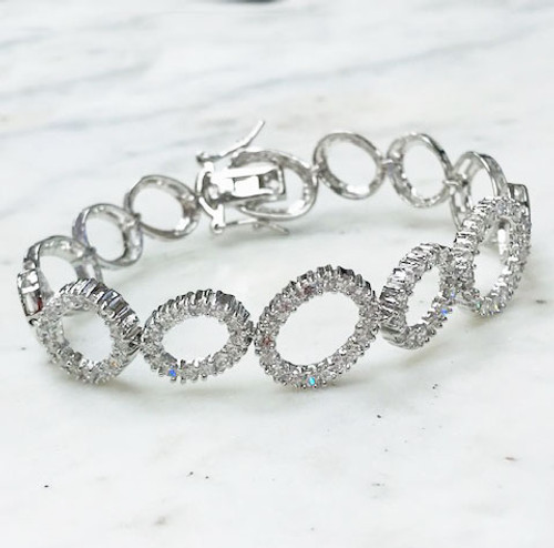 Linked Circles Bracelet