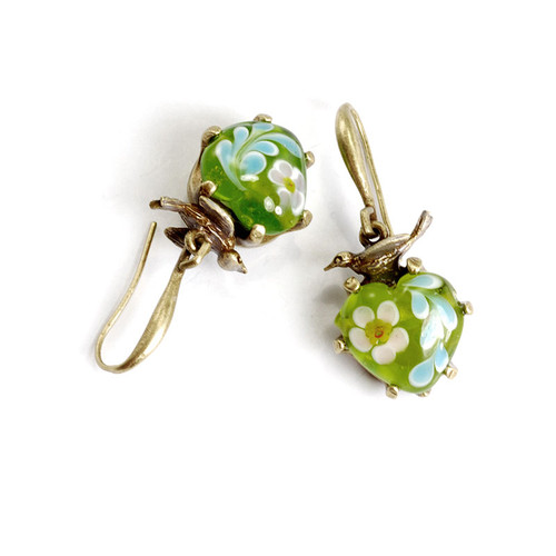 Vintage Green Art Glass Drop Earring