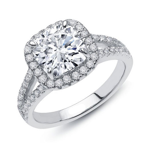 Lafonn's Cushion Cut Diamond Designer Ring