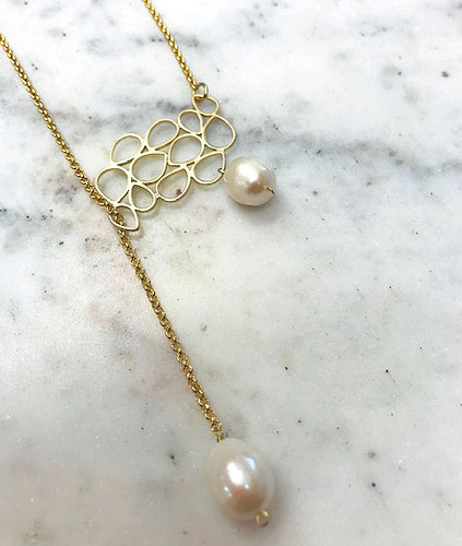 Leaf Cluster Pearl Drop Necklace Gold
