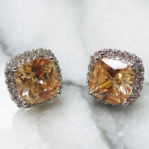 Light Colorado Topaz Cushion Cut Stud