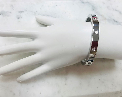 SilverEternal Love Bangle