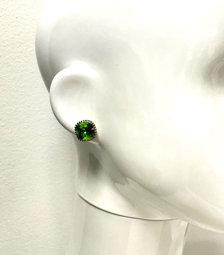 Sorrelli Olivine/Ant.Silver Cushion Cut Post Earring