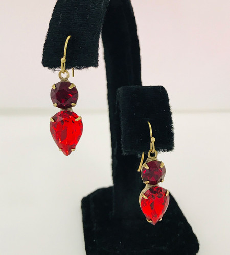 Sorrelli Brilliant Red Teardrop Crystal Dangle Earring