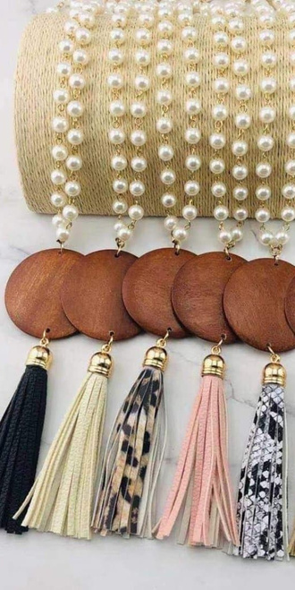 Pearl Wood Disc Necklace with Tassel