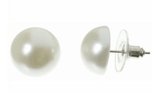 Flat Back Pearl Earrings