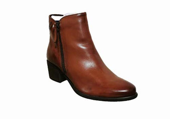 Dubarry Carleen Tan