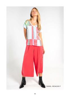Tinta Damia V-Neck Print T-shirt