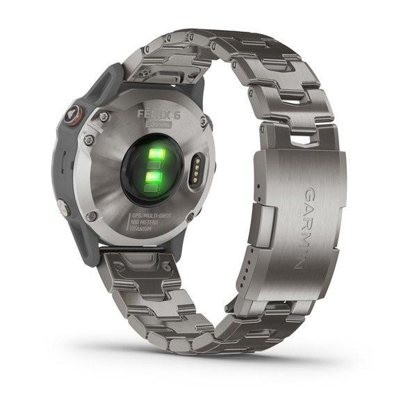 fenix 6 Sapphire, Titanium with Vented Titanium Bracelet