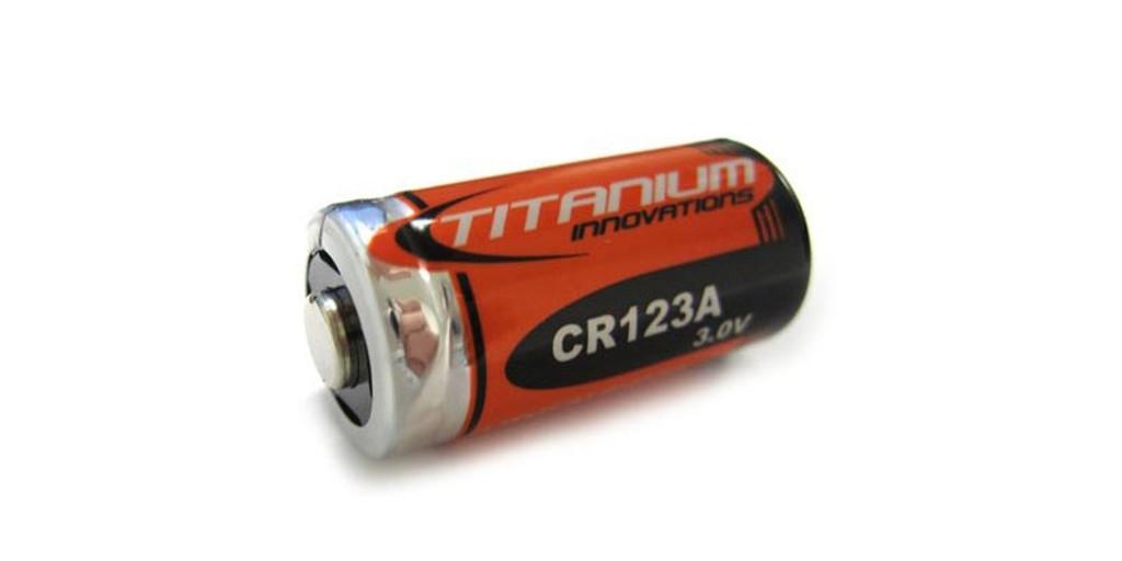 Red/Green Beam Flashlight Battery