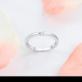 Minimalist Silver Ring - Zircon Stone