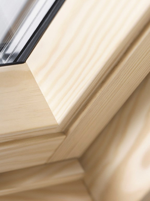 VELUX Centre Pivot Roof Window GGL CK01 3070 Lacquered Pine