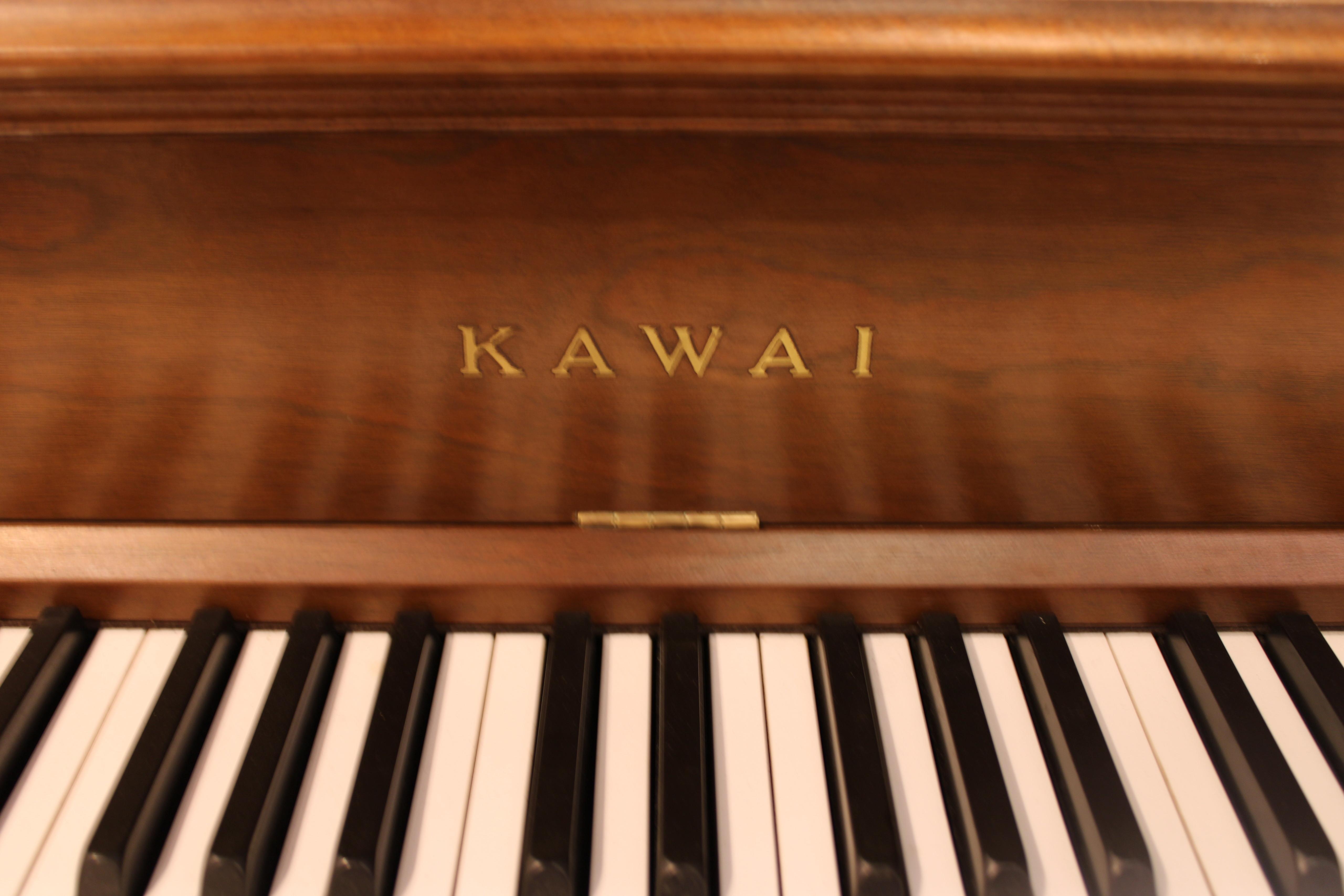 "Kawai 803F Console Piano | 44"""